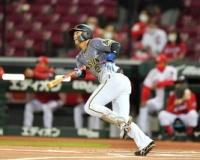 阪神・北條が〝生き残り〟をかけ、一塁守備に挑戦