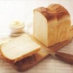 生活保護「今日の朝食はパン一枚」