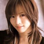 釈由美子、4姉妹ショットを公開! 姉妹なのに全然顔が違うと話題にw