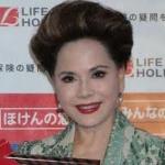 デヴィ夫人「何が人情の街大阪や! メッタ刺しされた人を放置して助けない大阪ミナミの人々は冷たい」