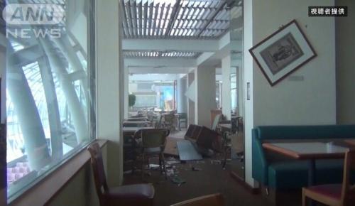 海外「日本の建築物は完璧」3.11大地震と津波に耐えた仙台空港ターミナルビルの初公開映像に海外驚き