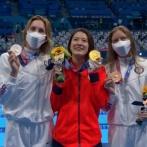 競泳女子200m個人メドレーの表彰台3人が美人過ぎると話題に