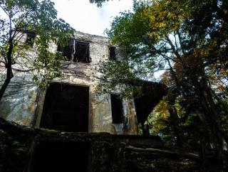 山の廃墟であった怖い事件