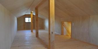 元カノが知らない間にストーカーに転じて天井裏に住んでいたらしい。二つとなりのおっさんの部屋だけど…