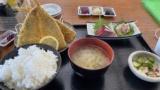 (´・ω・`)港町にある定食屋で食べるアジフライ(※画像あり)