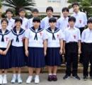 沖縄市の中学校 7組14人の双子が入学 にぎやかな入学式に