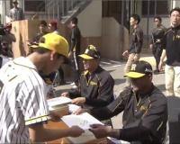 【阪神】マルテとナバーロのサイン&握手会開催!
