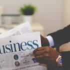 『宅配+電子版=月額5,900円の日経新聞と同等の記事を無料で読む方法!』の画像
