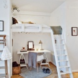 『狭い部屋に最適!ロフトベッドを活用した大人インテリア 1/2 【インテリアまとめ・リビング 狭い 】』の画像