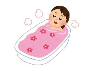 【悲報】浜辺美波ちゃんの入浴シーンお胸が見えそう