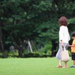 母子家庭「健康で文化的な生活送るためには月30万円必要」