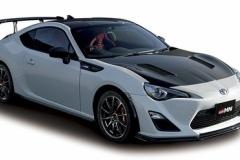 完売続く高性能スポーツカー 新たなファン開拓、低迷新車市場の起爆剤に