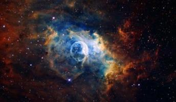 50億光年先の銀河から瞬間的に電波届く