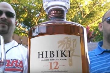 海外「飲む前に時間を空けて!」サントリー響へのワイルドレビューに擁護する海外のウィスキー愛好家