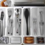 『●キッチンの引き出し収納● カトラリー収納の引き出しの見直し』の画像