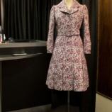 『店頭用 ゴブラン織ボックスプリーツコートドレスがもうすぐ完成です。』の画像