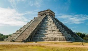 【古代遺跡】密林の奥深くに何万ものマヤ文明の建造物、空からのレーザースキャンで発見 グアテマラ