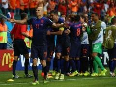 【W杯】世界王者スペインを圧倒したオランダ!選手&監督 試合後コメント