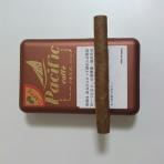 酒の香りと煙草の煙