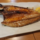 『隠れ家的寿司居酒屋で関サバの塩焼き🐟@魚々市』の画像