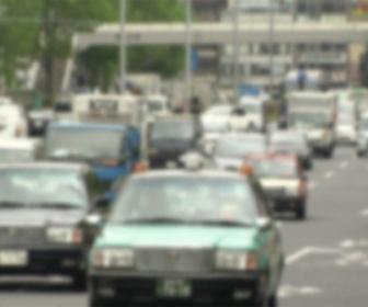 【改正道交法】スマホ「ながら運転」ダメ!12月1日厳罰化 反則金・違反点数3倍に 事故起こせば即免停 カーナビも対象