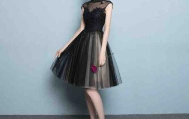 『誰もが憧れるオードリーヘップバーンのような、清楚で気品あるドレスが勢揃い』の画像