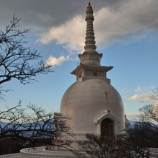 『(御殿場)箱根外輪山に見える白い塔が気になりませんか?富士仏舎利塔平和公園』の画像