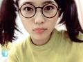 【画像】川口春奈がツインテール×丸メガネで「アラレちゃんになってみた」