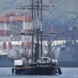 『「長崎帆船まつり」帆船と護衛艦』の画像