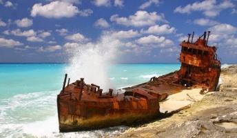 【画像】廃船の風景を置いておきます