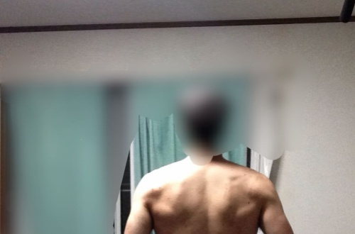 筋トレ直後の俺の背中ワロタwwwwのサムネイル画像