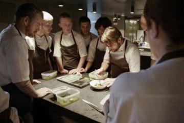 《レビュー》「ノーマ、世界を変える料理」と8月の予約状況