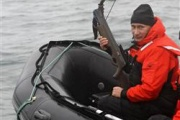 プーチン「人生とは危険なものだ」鯨を撃つ。ところでSSさん出番ですよ?