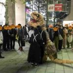 『【更新終了】31日のハロウィンはもはや街中の一大イベント!寒くてもド平日でも浜松駅・有楽街には仮装・コスプレした人がいっぱいだった【2018年10月31日】』の画像
