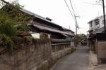 道が城塞的な『西ノ村の本通り』~交野まちなみ日記No.18~