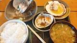 【朗報】ワイ出張民、運良く仕事が午前で終わり昼食のため地元の食堂で贅沢する(※画像あり)