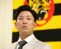 阪神 糸原は500万減の5500万円「来年は死にものぐるいで」目標は中村晃