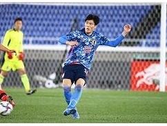 【速報】冨安選手、韓国代表からの肘打ちについて驚愕発言・・・ 2