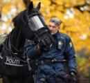 〈画像あり〉ロシアの女性騎馬警官、日本人の心をつかむ