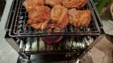 で、出た〜wwwキッチンで炭火焚くやつwww(※画像あり)