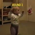【動画】 猫 vs 赤ちゃん ROUND 1