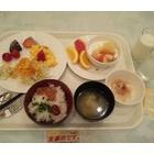 『ホテルにて朝食。』の画像