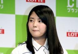 【悲報】欅坂鈴本さんの氷対応が琴子さんを越えていると話題に.....