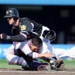 阪神のマートンがヤクルトの田中に殺人タックル田中が骨折 →その後、報復球をヤクルトがマートンに投げる ←誰が悪いの?