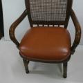 飛騨産業 椅子の張替えです。