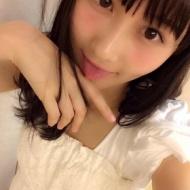 矢倉楓子、男を品定めする様ないやらしくエロ可愛い小悪魔顔を披露! アイドルファンマスター
