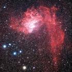 『ぎょしゃ座の散光星雲IC405(勾玉星雲)』の画像