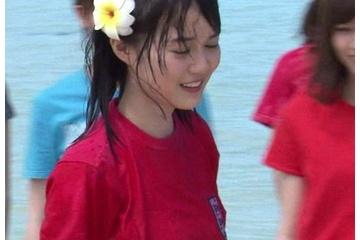 生田絵梨花の服がびしょぬれになって乳首の位置がわかっちゃうのがスケベ