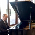 【動画】ロシア、タフな男を演出してきたプーチンが今度はピアノ演奏でソフト路線! [海外]
