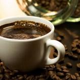 『コーヒーブラック派気取るの辛すぎワロタwww』の画像